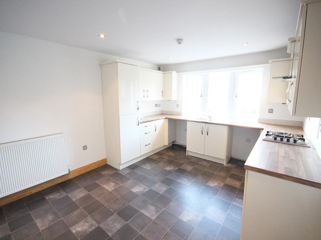 2 bedroom flat For Sale in Foulridge, Colne - IMG_0906.jpg